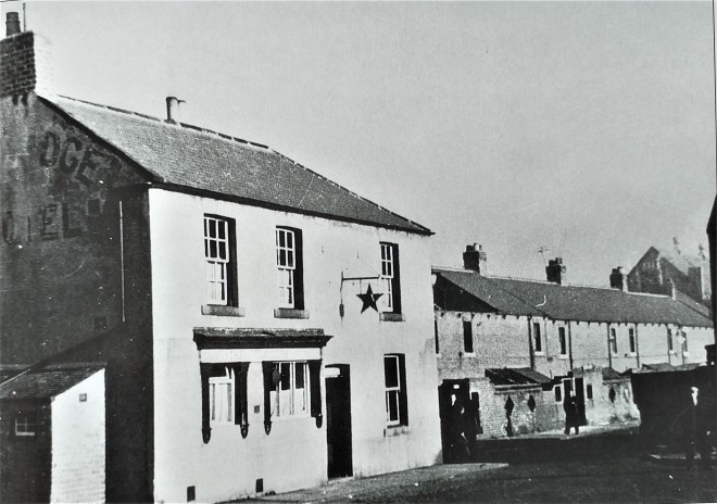 Old phtograph of the Coxlodge Hotel built c1868