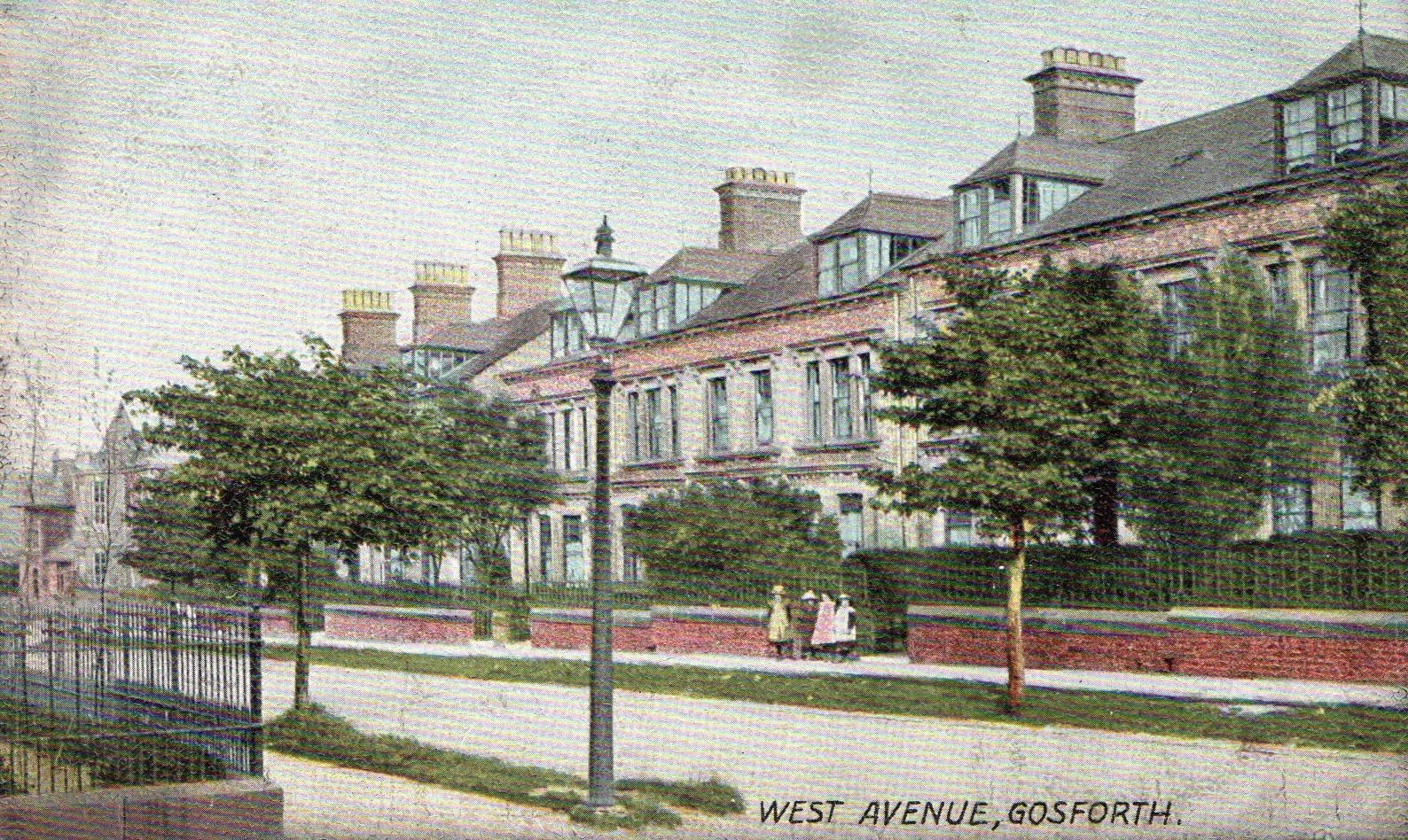 Old postcard of West Avenue in Gosforth