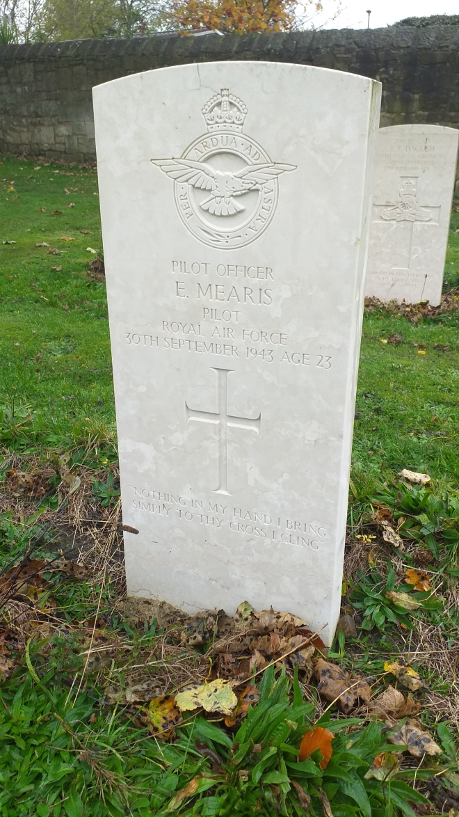 Gosforth Pilot Eric Mearis Grave Stone